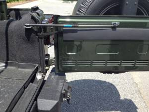 Truck Bed Accessories - Tailgate Assist - Rugged Ridge - Tailgate Assist | Rugged Ridge (11252.55)